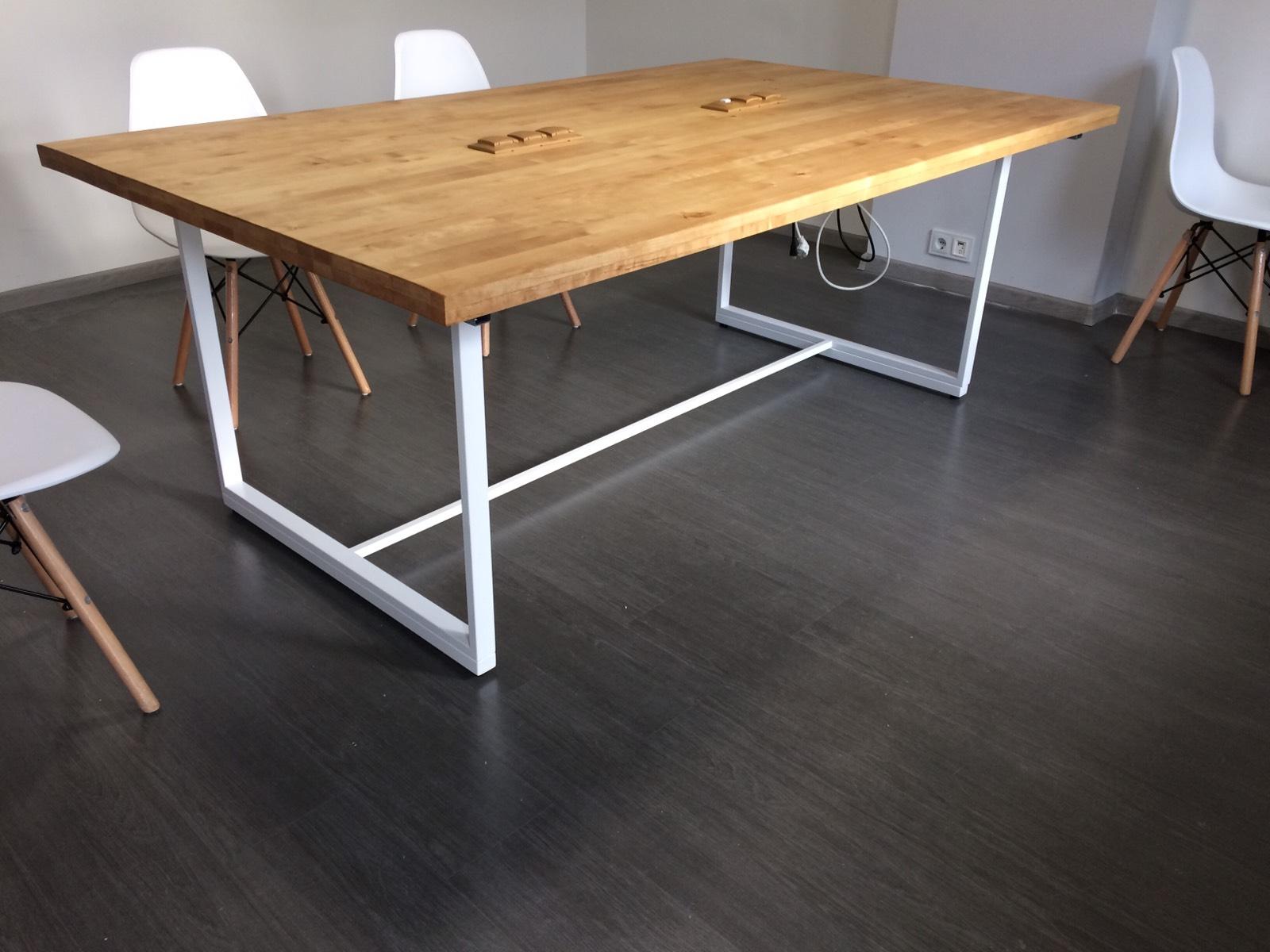 Опори для столів